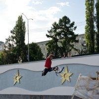 Как выскочу,как выпрыгну... :: Сергей