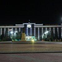 Вечерний город :: Alexandr Staroverov