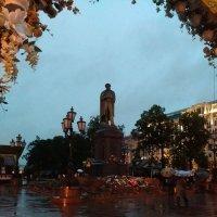 Памятник А.С. ПУШКИНУ 6 июня 2016 г :: Надежда
