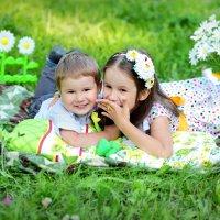 Братик и сестренка, Тимоша и Танюша! :: Лина Трофимова