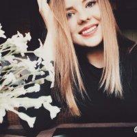 moony :: Yulia