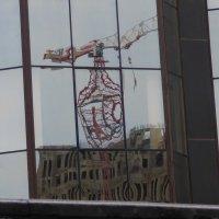Метаморфозы строительного крана. :: Alexey YakovLev