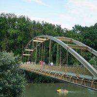 Пешеходный мост через реку Псекупс :: Андрей Майоров