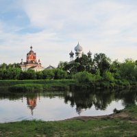 вид на монастырь :: Ольга Варванец