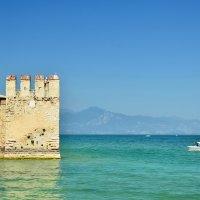 Море, цвета бирюзы :: Николай Танаев