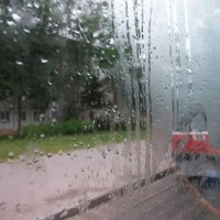 Встреча под дождём :: Галина Бобкина