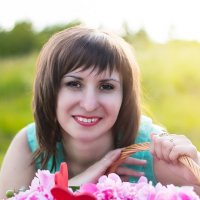 Девушка с Пионами :: Оксана Романова