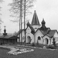 Церковь в чб :: Владимир