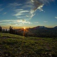 Закат в горах :: евгения
