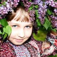 Девочка с сиренью :: Marina Abdrakhmanova