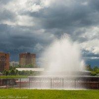 Городской фонтан. :: Виктор Евстратов