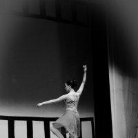 Танцовщица :: Анастасия Сидорова