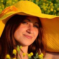 Желтая панама :: Татьяна