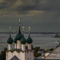 Вид на озеро Неро. Ростов Великий :: Alexsei Melnikov