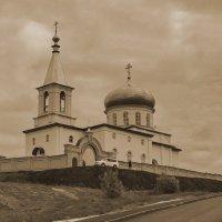 Михаило-Архангельский храм (г. Бирск) :: Альмира Юсупова