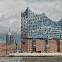 Гамбургская Филармония на Эльбе – путеводная звезда культурного мира :: ANGELINA MENSHUKHINA