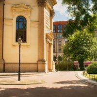 Прогулка по центру города :: Татьяна Каримова