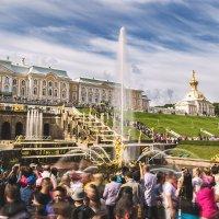 Открытие сезона - первое включение фонтанов. :: Сергей Бурлакин