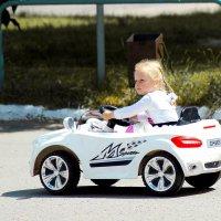 Дама за рулем-это прекрасно! :: Андрей Смирнов