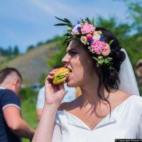 Невеста и фастфуд :: Роман Романов