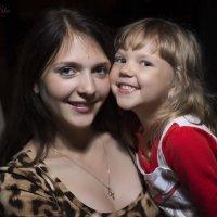 Прекрасные мать и дочь, нежные и красивые! :: Аннета /Анна/ Шу