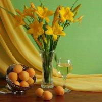 С абрикосами и лилиями. :: alfina