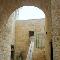 Лестницы Старого города :: Валерий Новиков