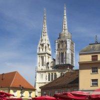 Вид на кафедральный собор Загреба... :: Cергей Павлович