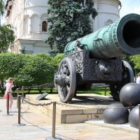 Царь -Пушка на территории Кремля. :: Евгений