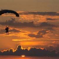 Мой прыжок на закате! :: cosmos-27