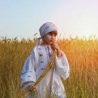 Девочка - крестьянка :: Tatsiana Latushko