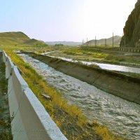 Горная река.... :: Юрий Владимирович