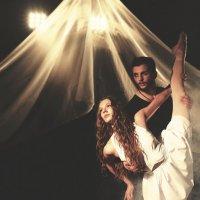 Танец :: Максим Меркун