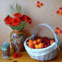 Лето! Ах, лето!  Угощайтесь, друзья! :: Nina Yudicheva