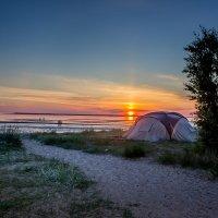 Палатка у Белого моря. Белого моря- много не бывает... :: Ирина Кузина
