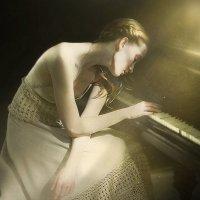 Пианистка :: Екатерина Постонен