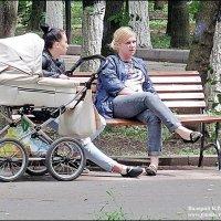 В  СТАРОМ  ПАРКЕ :: Валерий Викторович РОГАНОВ-АРЫССКИЙ