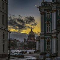Дворцовые сумерки :: Valeriy Piterskiy