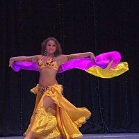 Восточный танец Шамс :: Михаил Кондратенко