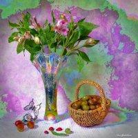 Альстрёмерия в вазе и корзинка с крыжовником :: Nina Yudicheva