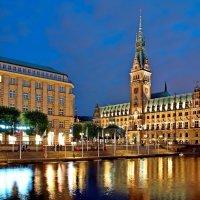 Гамбургская ратуша :: Денис Кораблёв