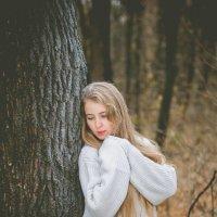 Постановочная фотосессия. Осенний лес. Девушка в лесу. Фотограф Руслан Кокорев. Фотограф в Белгороде :: Руслан Кокорев