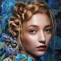 Девушка в цветах :: Irina Safronova