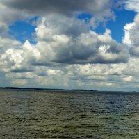 Небо, вода и узкая полоска суши. :: Анатолий. Chesnavik.