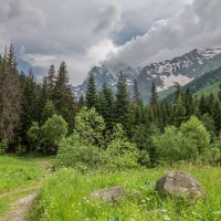 Гора Домбай-Ульген-4046 м :: Аnatoly Gaponenko