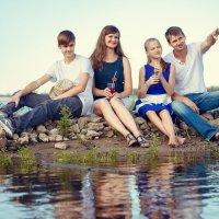 Семейная прогулка :: Наталья Фирсова