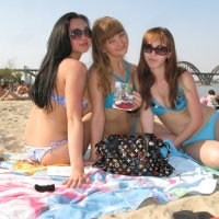 Четыре кошечки на пляже... :: Алекс Аро Аро