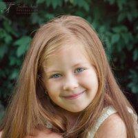 Shy smile :: Tatjana Agrici