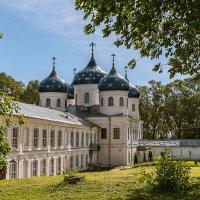 Свято-Юрьев монастырь. Крестовоздвиженский собор, 1827 год :: Владимир Демчишин