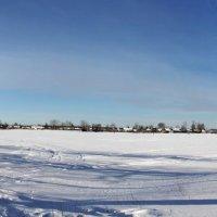 Зима... Заснеженный пруд... :: Александр Широнин